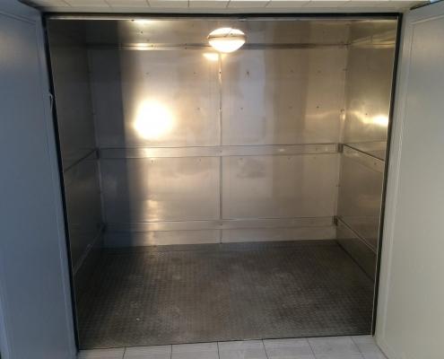 Frieight Elevator Klecz Dolna Confectionery